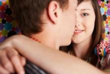 8 ข้อของผู้หญิงที่ มัดใจ ชายได้โดยที่ไม่เกี่ยวกับรูปลักษณ์ภายนอก!