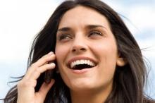 5 ข้อเสียของโทรศัพท์ ที่กระทบต่อผิวหน้าคุณ