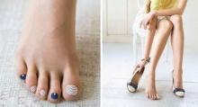 แฟชั่นใหม่ในญี่ปุ่น ถุงเท้าบางๆ(แบบถุงน่อง)ทาสีเล็บมาให้เรียบร้อย