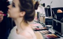 6 เรื่องที่ต้องใส่ใจ ข้อควรระวังของสาวๆ ที่ชอบแต่งหน้า